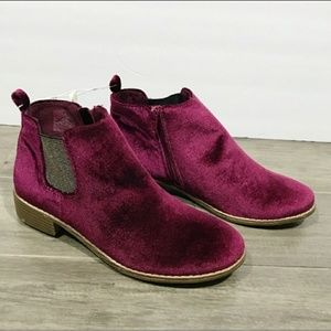 Other - Girls size 5 ankle boot shoe
